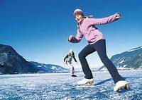 Eislaufen im Winterurlaub in Zell am See-Kaprun - Verwöhnhotel Vötter's Sportkristall